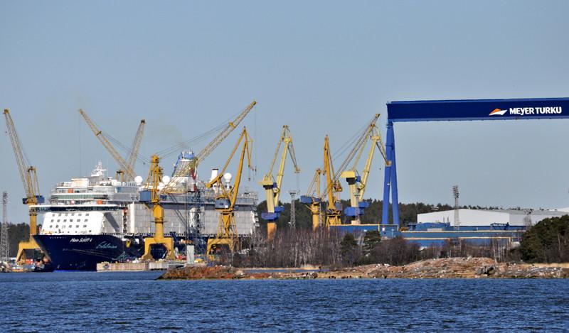 MEIN SCHIFF 4. Rakennettu 2015, Meyer Turku, Finland. 294x36m. Sarjan toinen uudisalus. energiankulutus on noin 30 prosenttia alempi kuin muiden samaa kokoluokkaa edustavien risteilyalusten. 28000 KW. TUI Cruises on TUI AG:n ja kansainvälisen risteilyvarustamon Royal Caribbean Cruises Ltd:n yhteisyritys. Saksa. Lippu: Malta