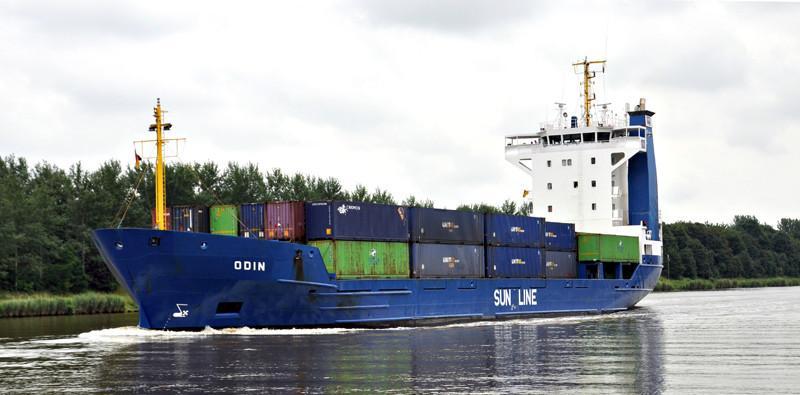 ODIN. Rakennettu 1994, Saksa. 97x16m. Pääkone 2700 KW. Omistaja: Speck Reederei, Saksa. Lippu: Antiqua Barbuda