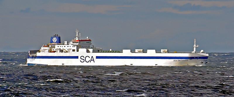 ORTVIKEN. Rakkennettu 1996, Espanja. 170x24m. Syväys 6,6m. Koneteho 9000 KW. SCA Logistics, Ruotsi. Lippu: Ruotsi.