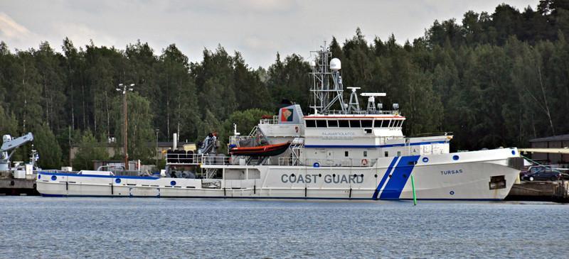 TURSAS. Rakennettu 1986, peruskorjattu 2005. 61x10m. Koneteho 3250 KW. Vartiolaiva.
