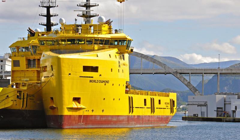 WORLD DIAMOND. Rakennettu 2013, Romania. 80x19m. Huoltoalus. Nopeus 13,7 solmua. Pääkoneet diesel-sähköinen järjestelmä, 2x1380KW ja 2x 944 KW. Omistaja: World Wide Supply; Norja/Hollanti. Lippu: Norja.